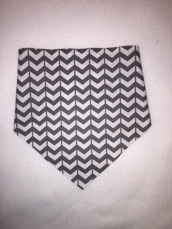 Gray and White Bandanna Bib