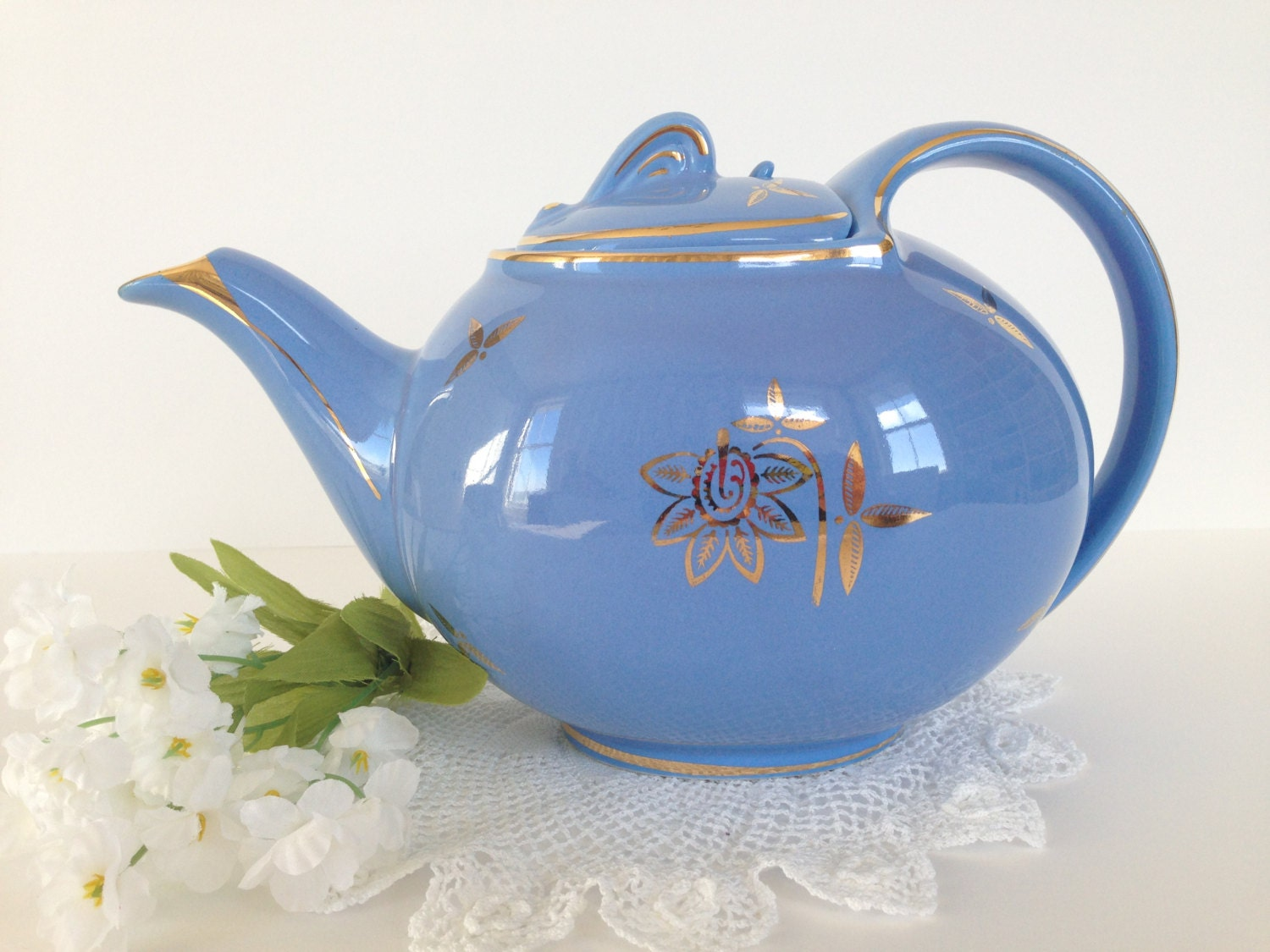 Sale Vintage Hall Hook Cover 6 Cup Teapot In By
