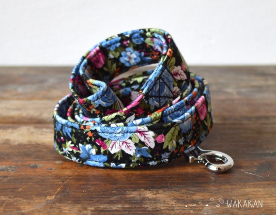Leash for dog model Fairy Tale . Handmade with 100% cotton fabric and webbing. Two width available. Wakaka