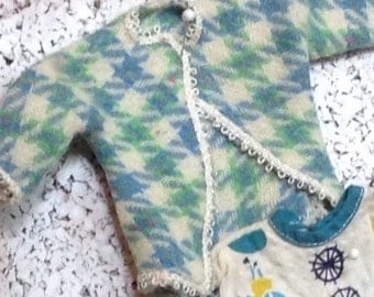 Vintage Small Doll Clothes wow!