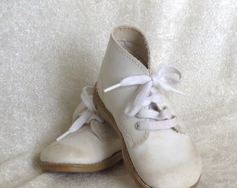 Vintage White Leather Children's Shoes