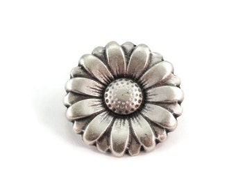 Daisy Metal Buttons 15mm Antique Silver Flower Qty 3