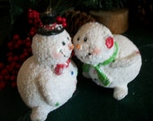 Snowmen Kissing Ornaments He She Snowman Couple White Glittery Resin Vintage Christmas FIgurines Winter Decoration