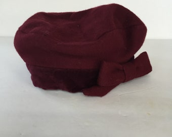 Vintage Child's Burgundy Wool Felt and Velour Cachelle Beret with Bow