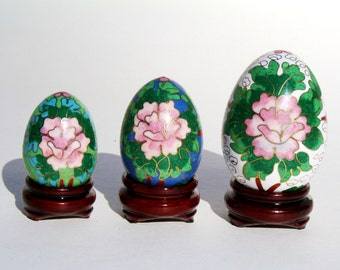 Chinese Floral Cloisonne Eggs / Vintage Decorative Eggs / Asian Decor / Cloisonne Egg / Easter Decorative  / Easter Decor Eggs