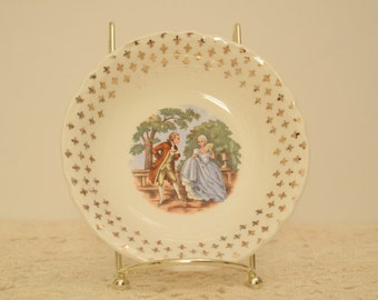 Vintage Courting Couple Berry Bowl