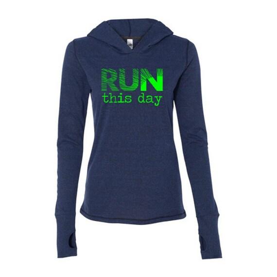 Sweatshirt with thumb hole