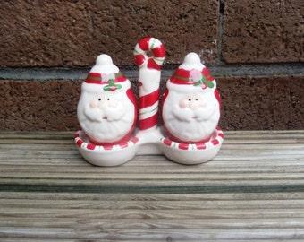 Vintage Santa Claus Salt and Pepper Shakers, Christmas Decor.