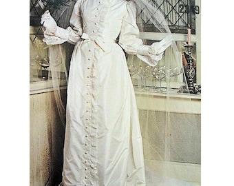 VOGUE Couturier Design 2349 Belinda Bellville 60-70s Victorian Steampunk Style Bridal Dress Petticoats Sewing Pattern Size 16 10 Uncut Rare