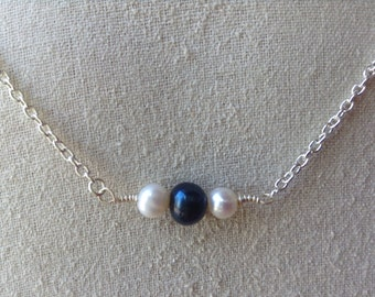 Black and White Pearl Necklace in Silver