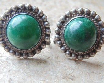 Mexico Silver ~ Green Screw Back Earrings