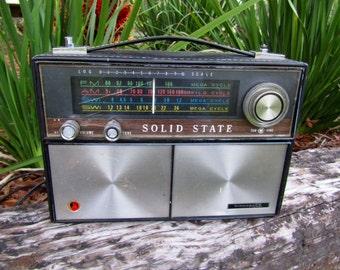 "Vintage Solid State ""Air Castle""  Portable AM-FM  Short Wave Radio / 5 Band Portable Radio"