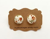 Fabric Covered Button Earrings MINI - Light Tan Flowers with Olive Green Leaves / Everyday Jewelry / Clip-on Earrings / Gift Idea