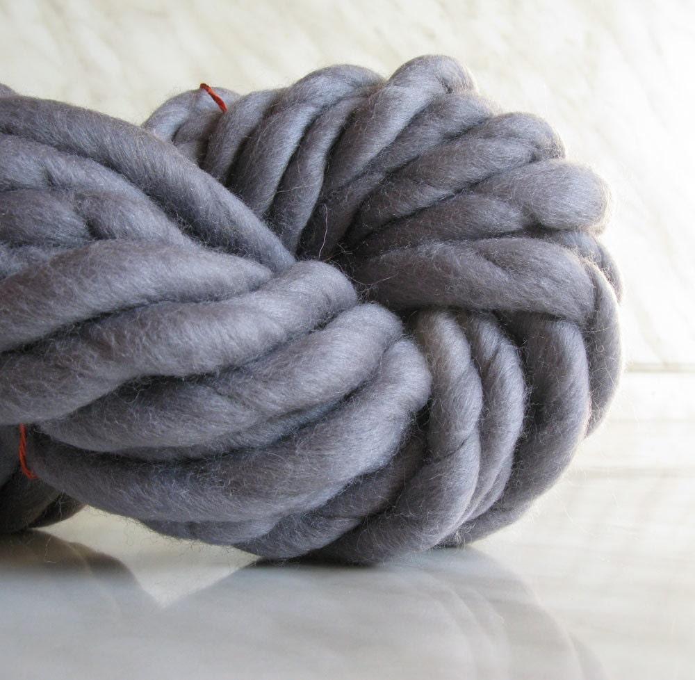 super bulky yarn extra chunky yarn atlas rat gray super. Black Bedroom Furniture Sets. Home Design Ideas