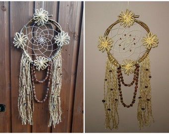 8'' Natural Rustic Dreamcatcher with Jute Twine Flowers - Shabby Chic Dream Catcher - Boho Hippie Wedding Decor - Vintage Wall Decoration