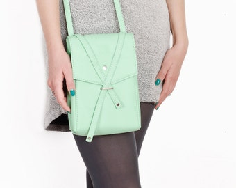 Mint bag Vegan leather crossbody bag Mint crossbody bag Mint shoulder bag Vegan shoulder bag Small shoulder bag Cruelty free bag Vegan bag