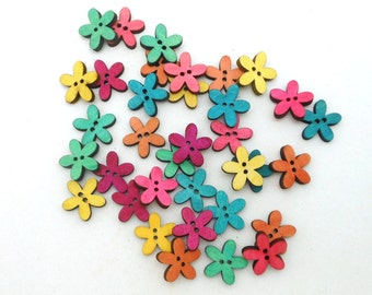 "3/4"" Wood Flower Buttons - Package of 35"