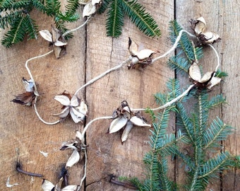 Cotton Bur Garland: One Yard