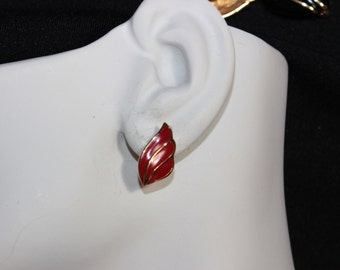 Cute red enamel clip Monet earrings - signed