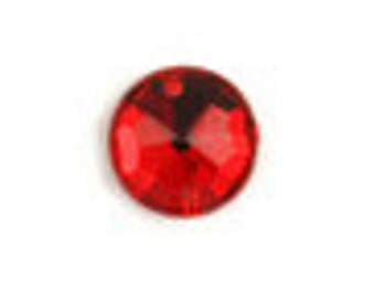 Acrylic Round - 2 Hole Sew on Stone - Pack 15 - Fire Engine Red