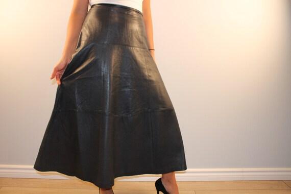 vintage cuir jupe longue a ligne midi jupe noir des ann es 80. Black Bedroom Furniture Sets. Home Design Ideas