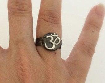 Om ring / om jewelry / spiritual jewelry / yoga jewelry / hindu jewelry / Aum ring aum jewelry / mens ring / fathers day gift