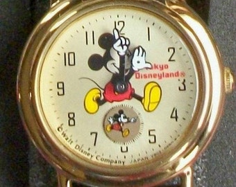 Disney Tokyo Ladies Mickey Mouse Watch New!