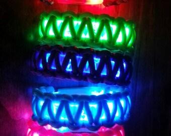 Led light up bracelet + set of replacement batteries