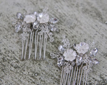 ALEXIS Bridal flower comb set, wedding hair jewelry, floral leaf hairpins, gold headpieces, bride accessories -- SILVER.