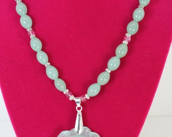 Seafoam green oval glass beads w/seafoam glass flower pendant 17.5 inch  N223