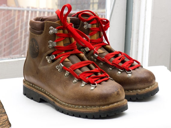 vintage mountaineering boots sz 95 10 made in italy