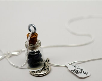 Le Hunger Games Inspired Nightlock Berries Necklace