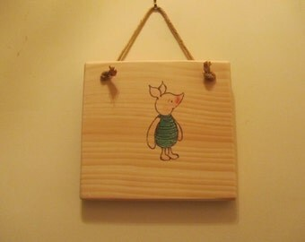 Winnie-the-Pooh Character Sign - Classic Pooh - Piglet