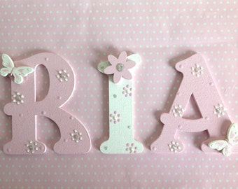 Personalized Customised Hand Painted 9cm Wooden Alphabet Letter Children Bedroom Wall Door Window Plaque For Boy Girl New Baby Gift Present