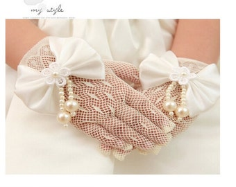 Flower girl gloves in handmade bowknot  ivory gloves tea party gloves