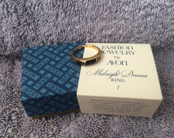 Vintage Fashion Jewelry by Avon Midnight Drama Ring Size 7 New in Box 1980