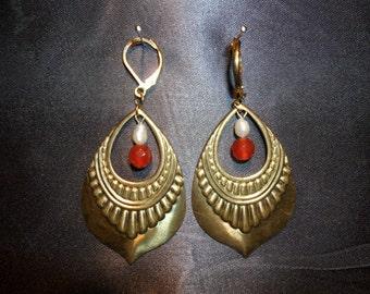 art new carnelian and pearl earrings of freshwater