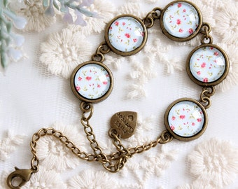 Bracelet cabochon flower meadow