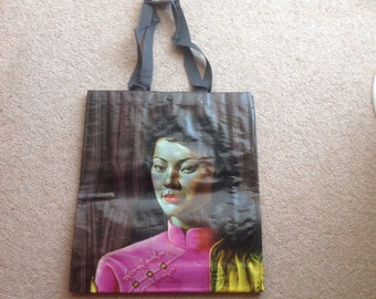 Trechnikoff miss wong totes bag with popper.