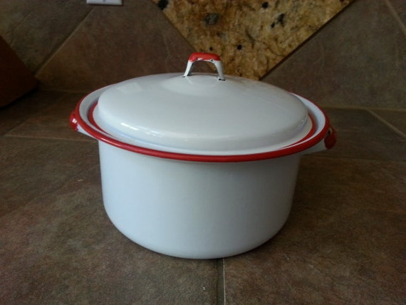 how to clean a white enamel pots