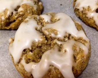 VEGAN Iced Oatmeal Cookies