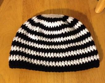 Black & white striped beanie hat for men and women