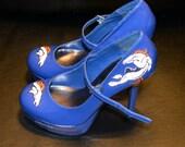 Denver Broncos blue platform Mary Jane pumps patent leather high heel shoes size 7