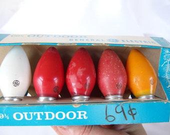 7 Vintage GE C9 1/2 Outdoor Bulbs, Set of 5 in Box, Plus 2