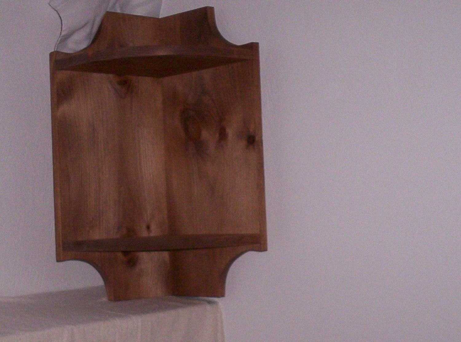 Corner Wall Cabinet Shelf With 2 Rounded Shelves