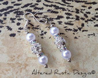 Wedding earrings/ earrings/ wedding/ jewelry/ pearls and rhinestones/ crystal earrings/ pearl earrings/ bride earrings/ bridesmaid earrings