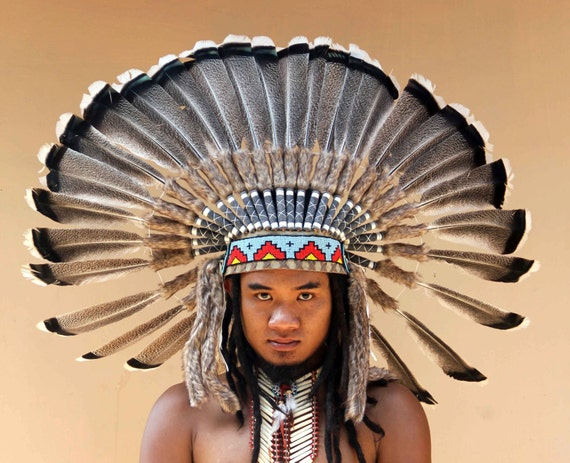 how to make an indian headdress with feathers