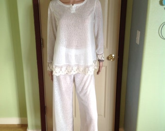 Ivory Sleepwear /Pyjama set with Lace Trim