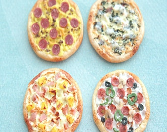 pizza magnet- fridge magnet, office decor, office accessories