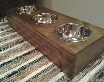 vintage puppy / cat feeding station
